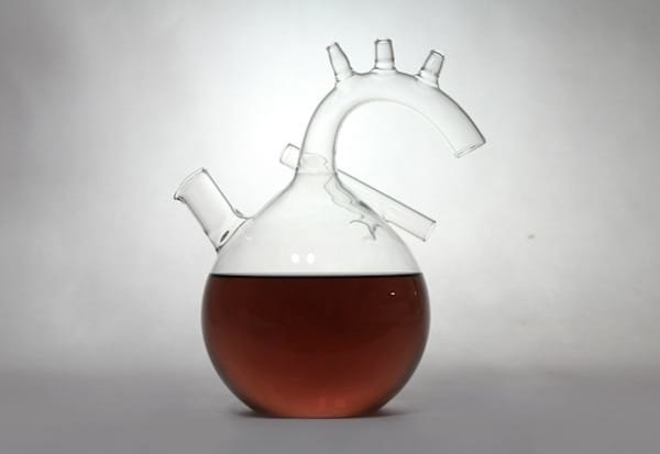 the heart wine decanter by kosmos project